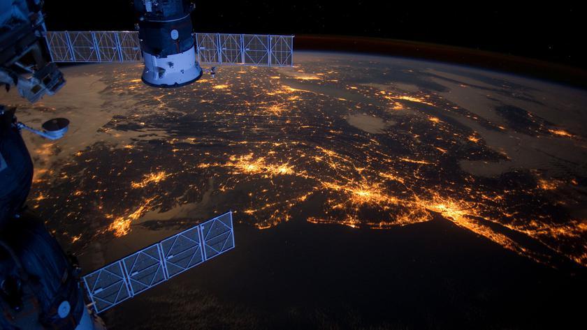 Bloomberg: у Apple есть секретная команда, которая занялась спутниковыми технологиями