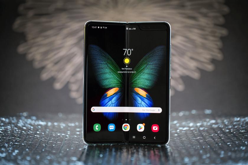 Samsung уже продал 1 миллион складных смартфонов Galaxy Fold