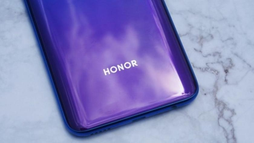 Honor готовит новый смартфон Honor 9X Lite с 48 Мп камерой и сервисами Google