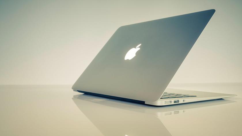 В новых ноутбуках Apple MacBook Air заменить батарею стало намного про