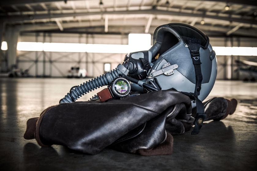 Garmin выпустила серию смарт-часов для летчиков D2 Delta
