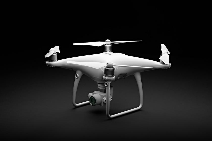 dji-phantom-4-advanced-2.jpg
