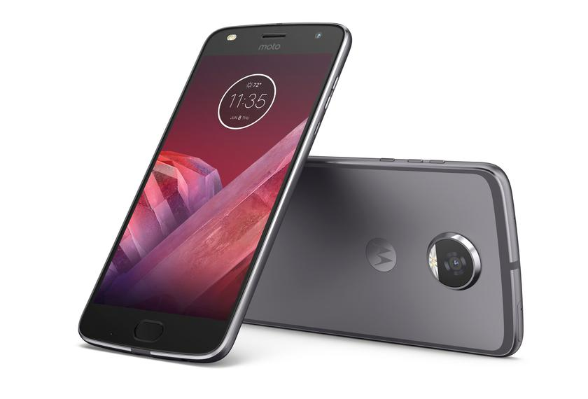 MotoZ2-Play_6_cr.jpg