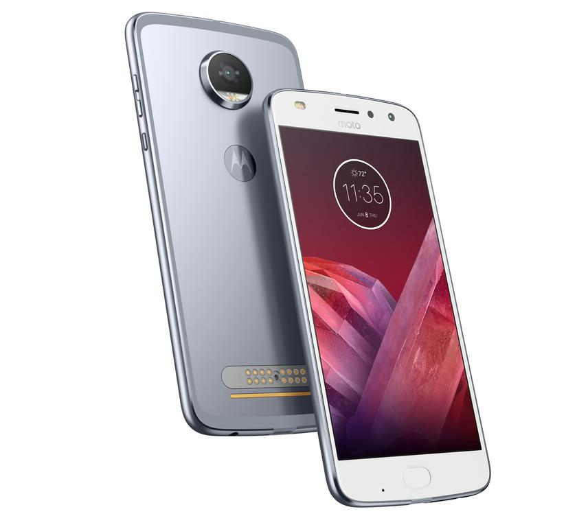 MotoZ2-Play_1_cr.jpg