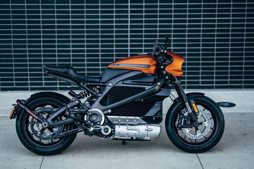 Harley-Davidson LiveWire: первый серийный электробайк легендарного про