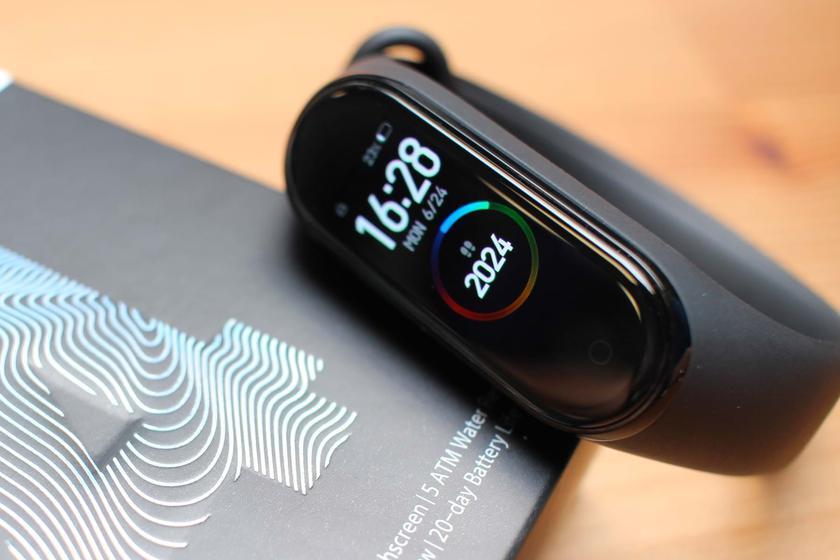 Xiaomi Mi Band 5 наконец получит NFC в международной версии и увеличенный дисплей