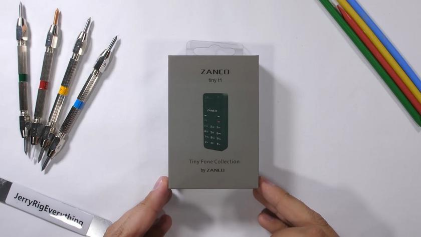 Миниатюрный телефон Zanco Tiny T1 прошел тесты на прочность
