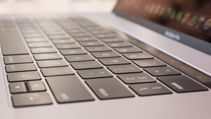 On Apple filed a group claim because of problems with the keyboard in the Macbook