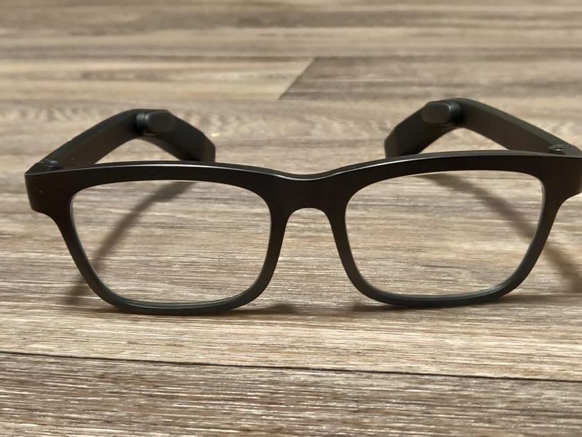 Xiaomi придумала «умные» очки, которые помогут избавиться от головной боли, усталости и депрессии