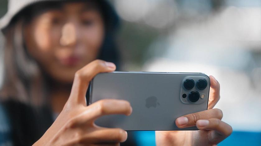 Не баг, а фича: Apple обещает исправить режим макросъемки на смартфонах iPhone 13 Pro