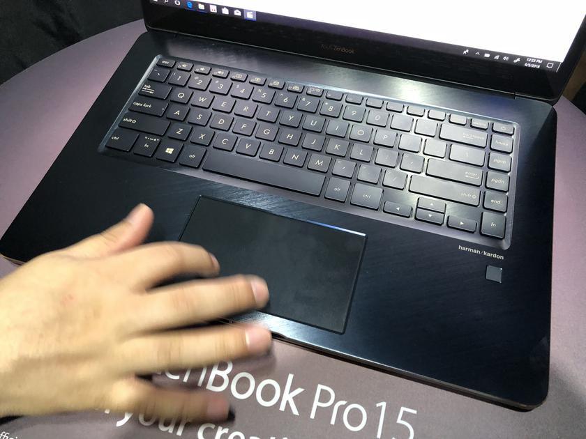 asus-zenbook-pro-15-screenpad-6.jpg