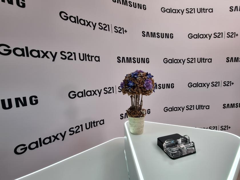 Флагманская линейка Samsung Galaxy S21 и наушники Galaxy Buds Pro своими глазами-50