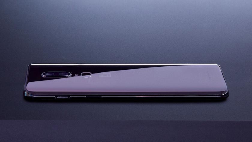 Стеклянные OnePlus 6 начали трескаться