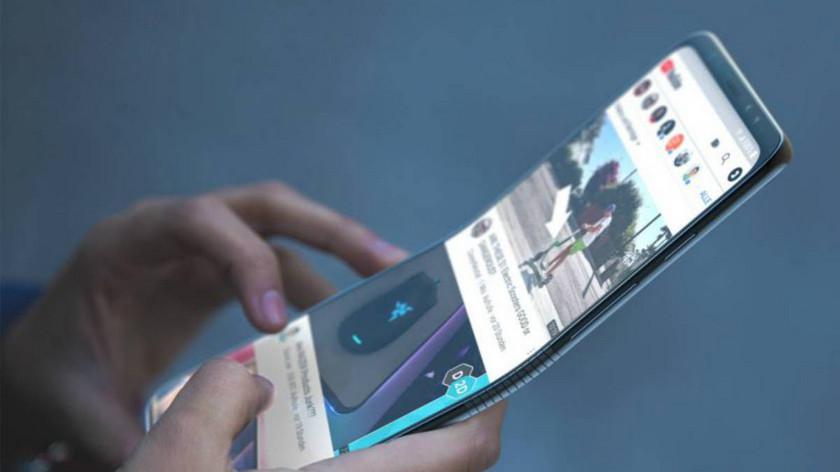 Складной смартфон Huawei с гибким экраном выйдет в течение года