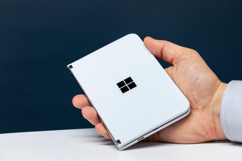 Складной Microsoft Surface Duo не получит Android 11 до лета