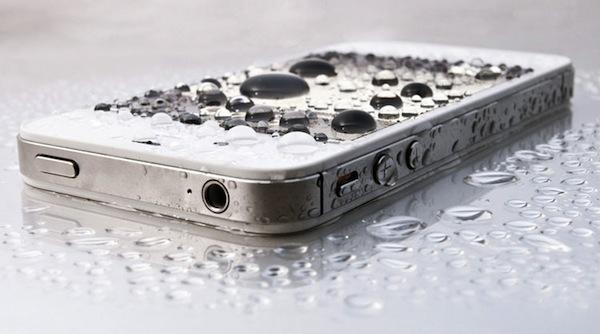 Iphone 4 s попала влага каррозия