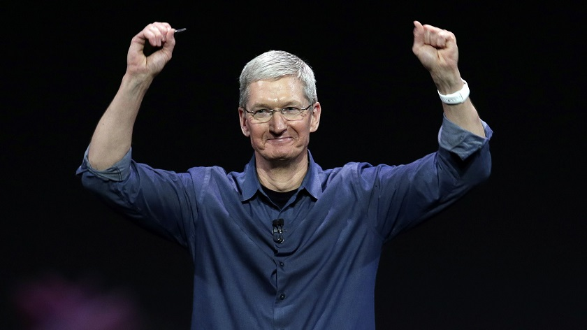 Tim Cook zdá sa trafil do čierneho. Apple Watch zažívajú čoraz väčší úspech - svetapple.sk
