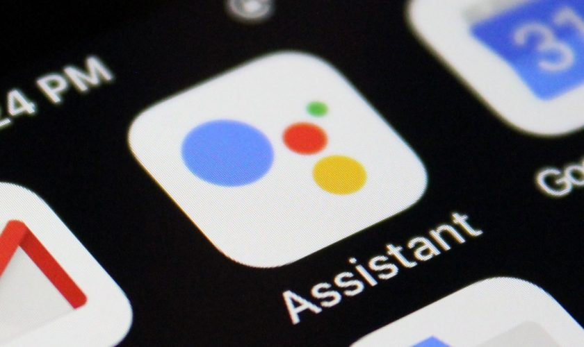Режим переводчика в Google Assistant теперь доступен на смартфонах