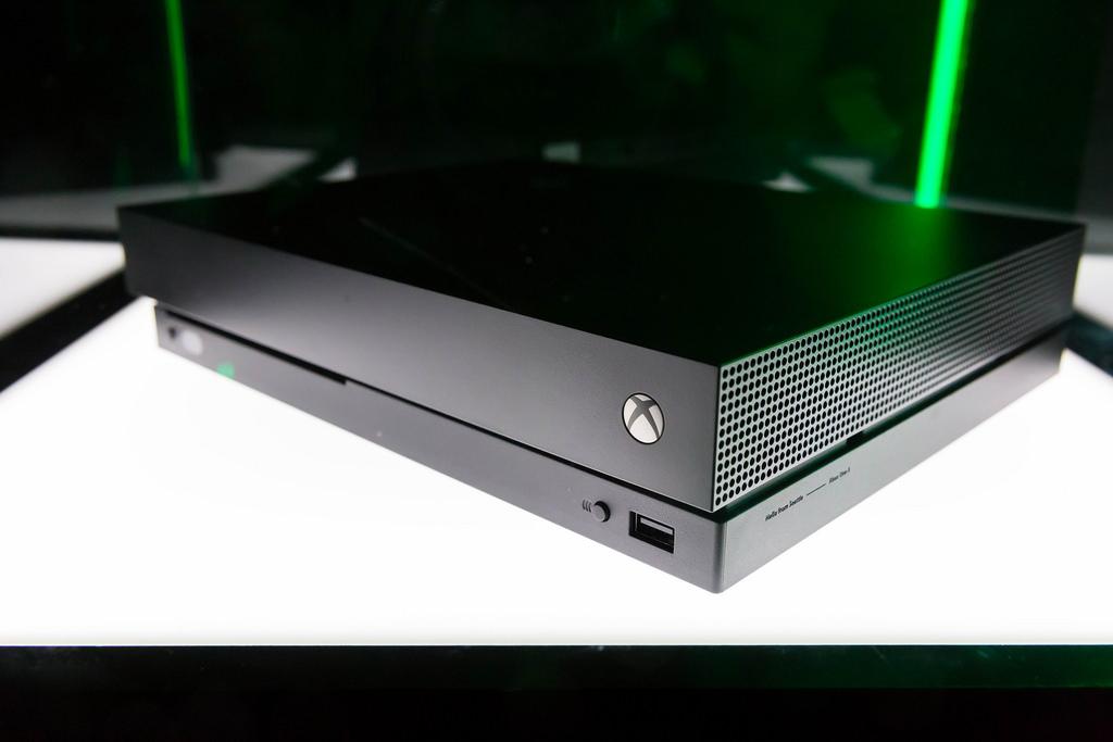 Microsoft запускает в реализацию 4 новых игровых консоли Xbox, включая портативную