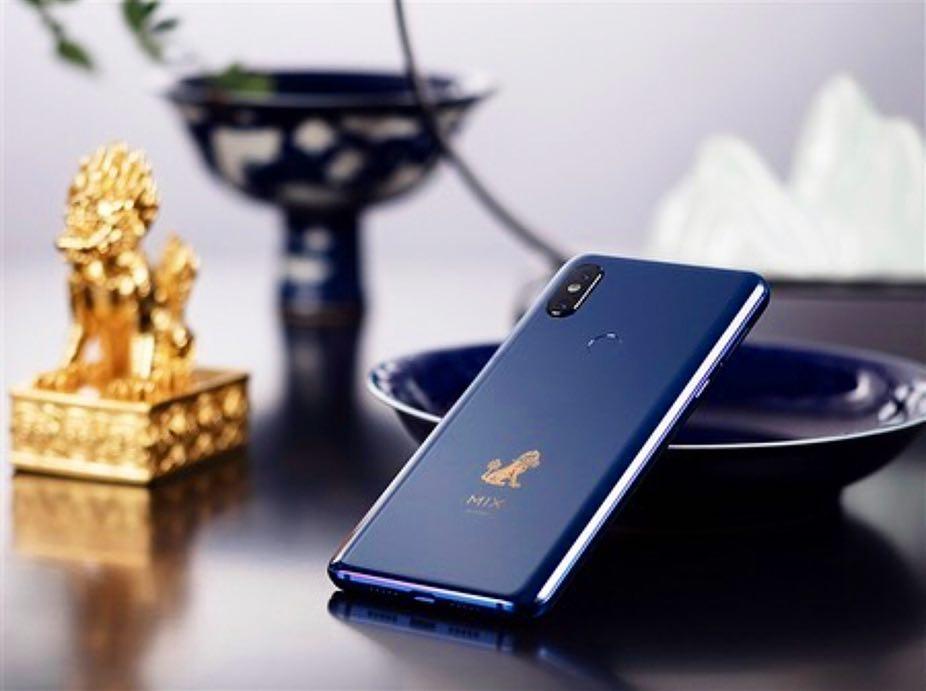 Смартфон Xiaomi MiMix 3 Forbidden City Edition выйдет вначале зимы