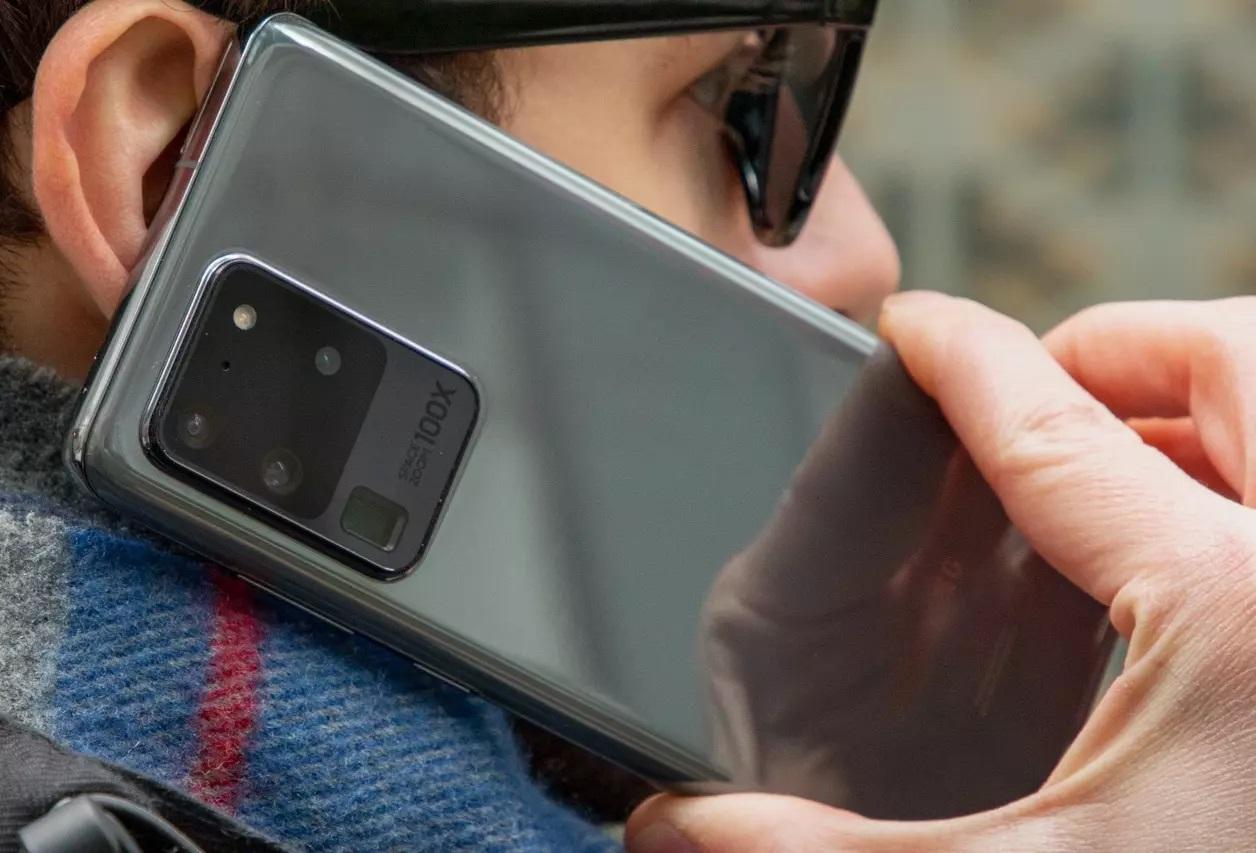 На Samsung подали в суд из-за дефектных Galaxy S20: компания знала о проблеме и молчала