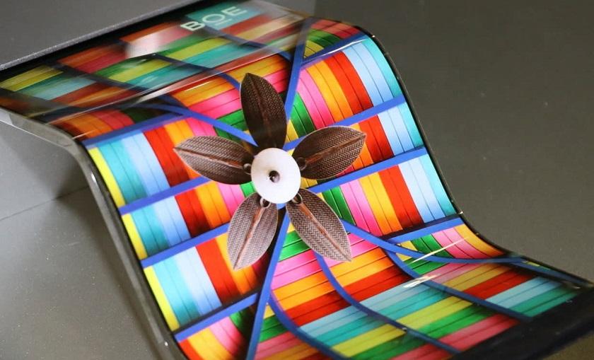 Huawei первее всех представит смартфон с гибким дисплеем