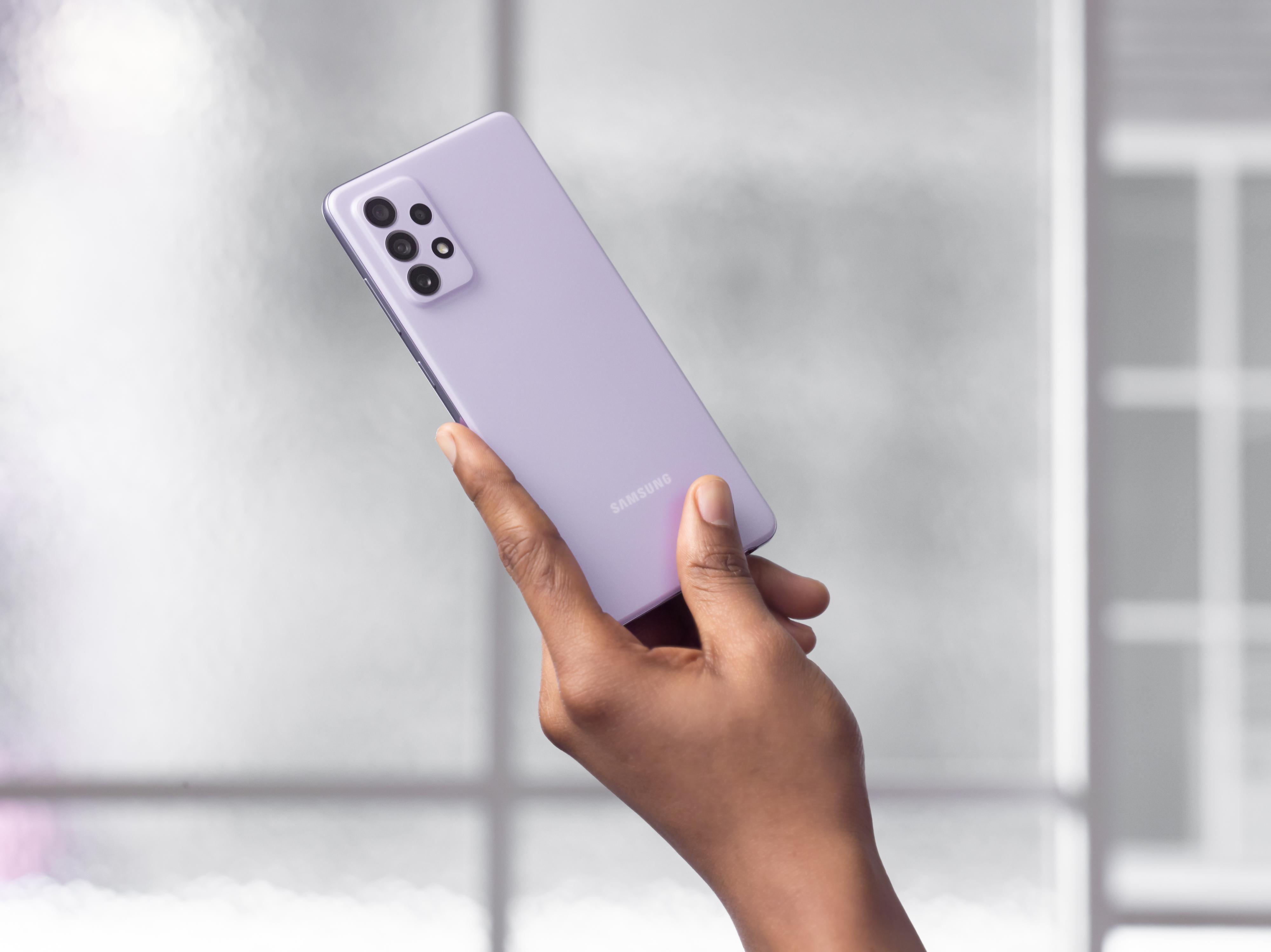 Samsung Galaxy A52 и Galaxy A72: смартфоны с 90 Гц дисплеями, квадрокамерами и водозащитой IP67 от 430