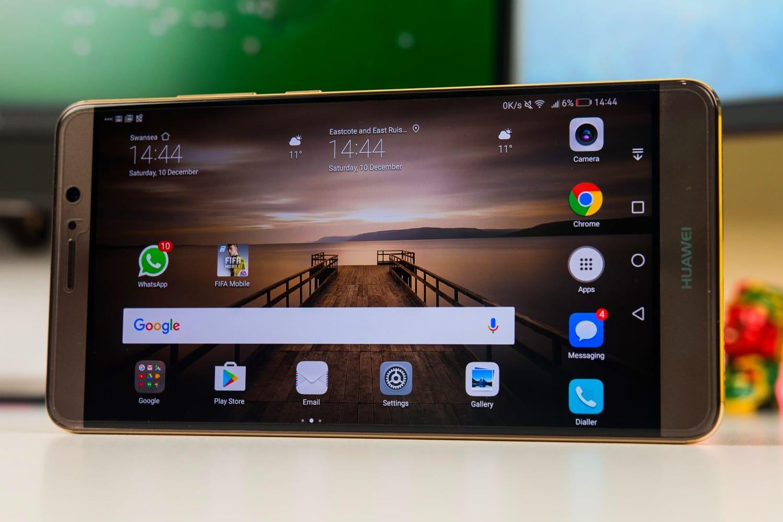 Huawei разрабатывает свою ОС для телефонов