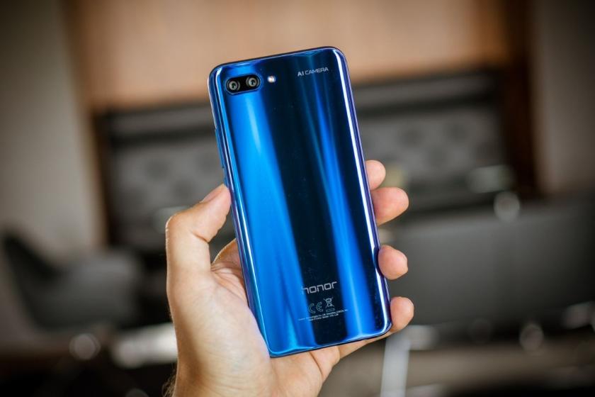 Тизер нового смартфона из серии Honor 10