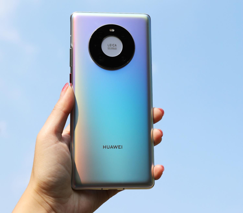 Huawei перевыпустила смартфоны Mate 40 Pro, Mate 40E и Nova 8 Pro: аппараты теперь работают на HarmonyOS