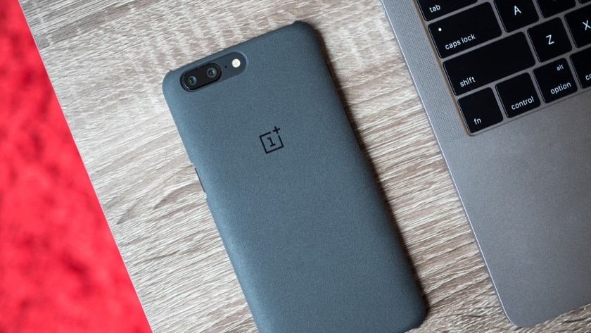 New details about the flagship smartphone OnePlus 6