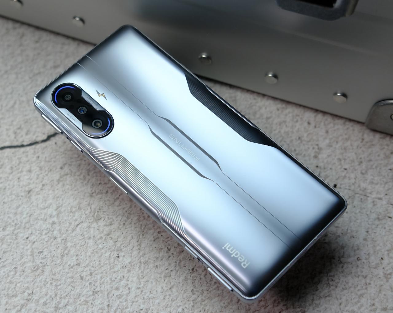 Глобальный анонс не за горами: игровой смартфон Redmi K40 Gaming Edition появился в Google Play Console