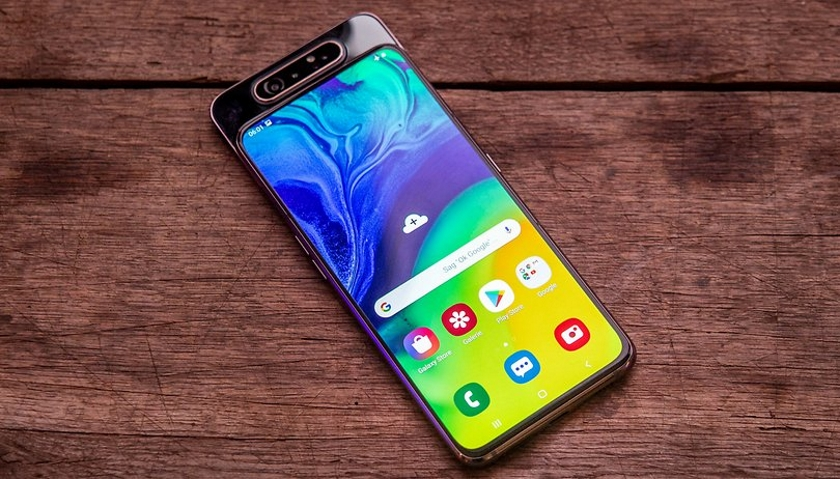 Самсунг презентовала новый смартфон Galaxy A80 стройной поворотной камерой
