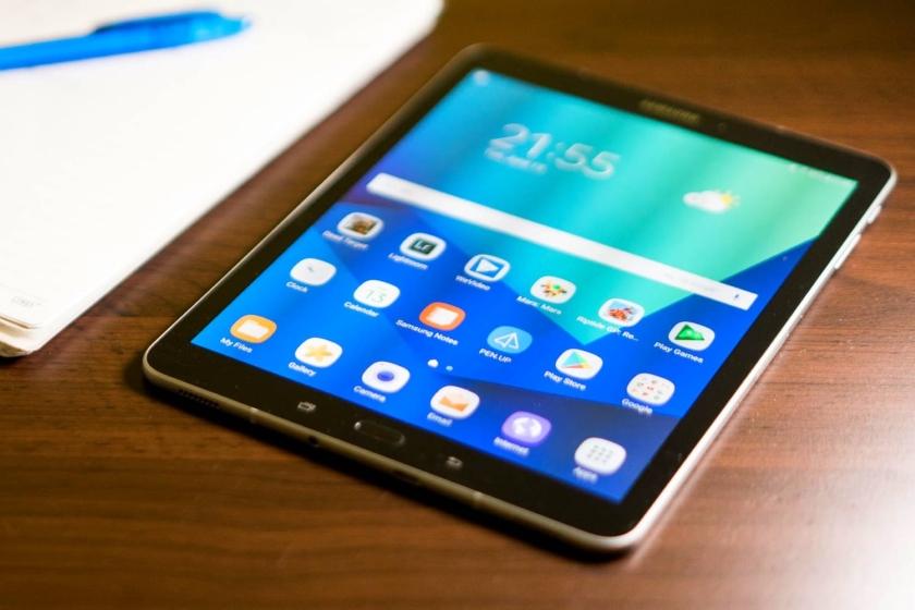 Планшет Samsung Galaxy Tab S4 показался на рендерах