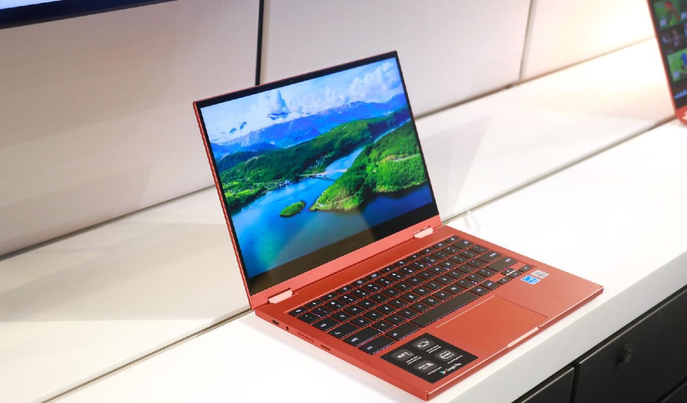 Samsung Galaxy Chromebook 2: первый хромбук с дисплеем QLED и автономностью в 14 часов