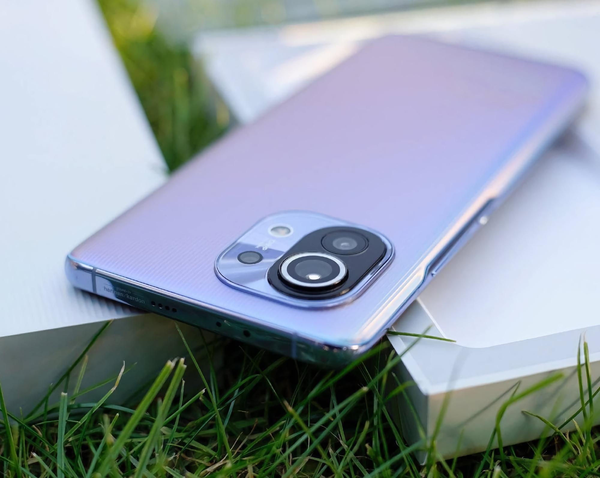 В сеть утекли подробные характеристики и новые изображения 4G-версии Xiaomi Mi 11 Lite