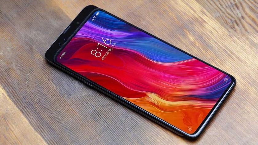 В сети появилось изображение с ценой нового безрамочного смартфона Xiaomi Mi Mix 3