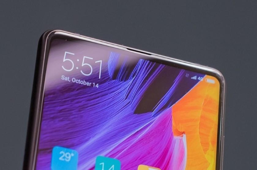 Xiaomi Mi Mix 3 в белом и чёрном цвете показался на новых изображениях