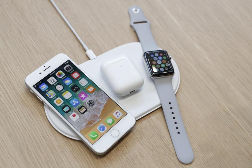 Док-станцию беспроводной зарядки Apple AirPower могут выпустить осенью