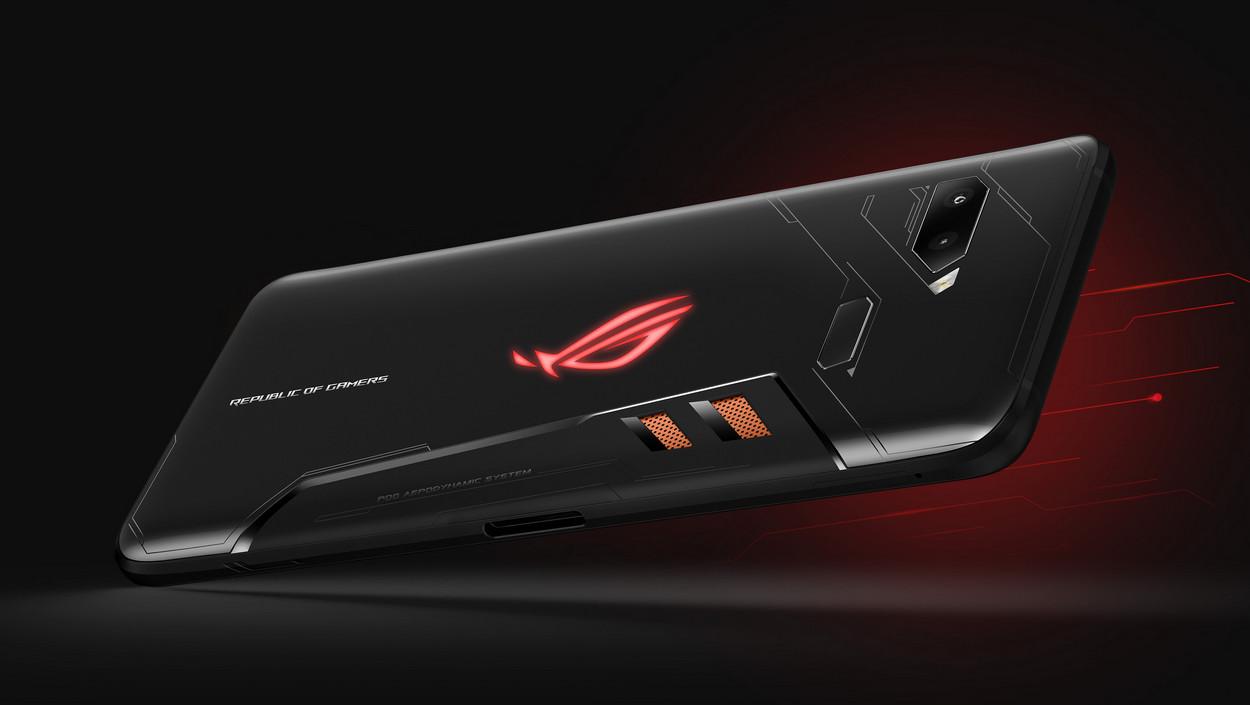 В Российской Федерации стартовал предзаказ наигровой смартфон Asus ROG Phone