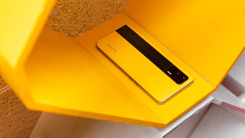 Realme GT 5G станет самым дешёвым смартфоном на Snapdragon 888 в Украине