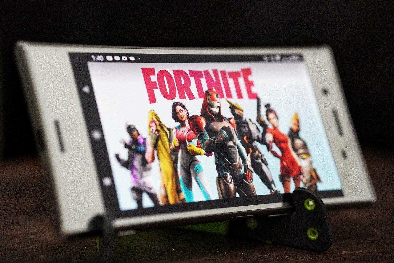 Epic Games обвинила Google и Apple в преднамеренном вреде конкуренции на рынке смартфонов