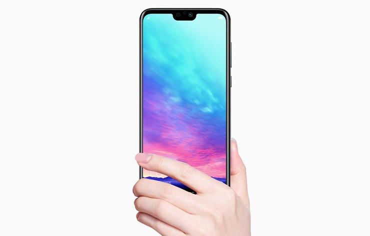 Huawei представила Honor 9i с вырезом в экране и ценой от $220