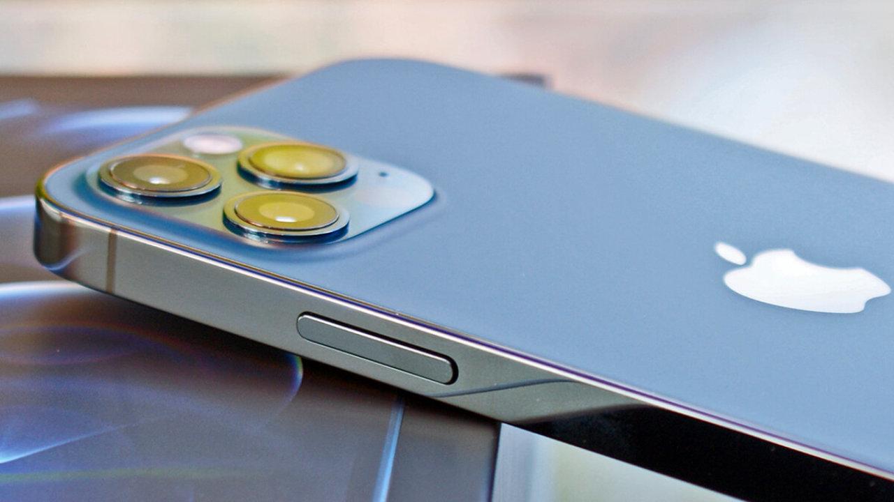 Новая линейка смартфонов Apple все-таки получит название iPhone 13 и будет дороже iPhone 12