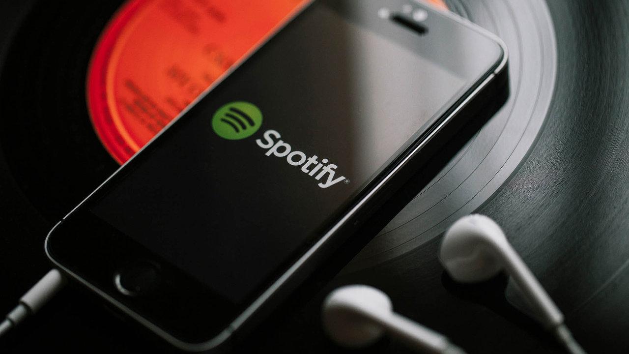 Spotify пожаловался на Apple в Еврокомиссию