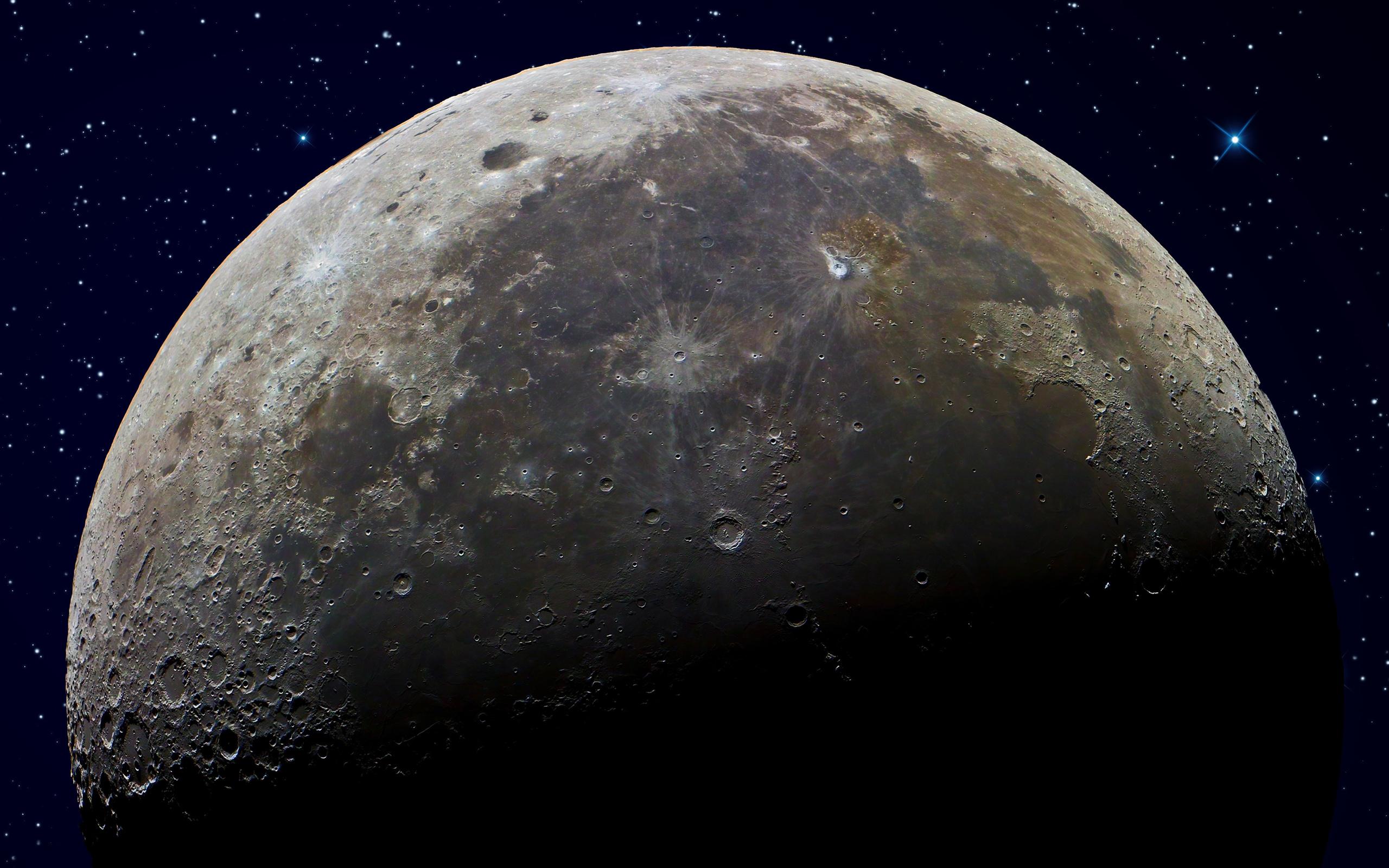 Три компании намерены отправить аппараты на луну в ближайшие два года
