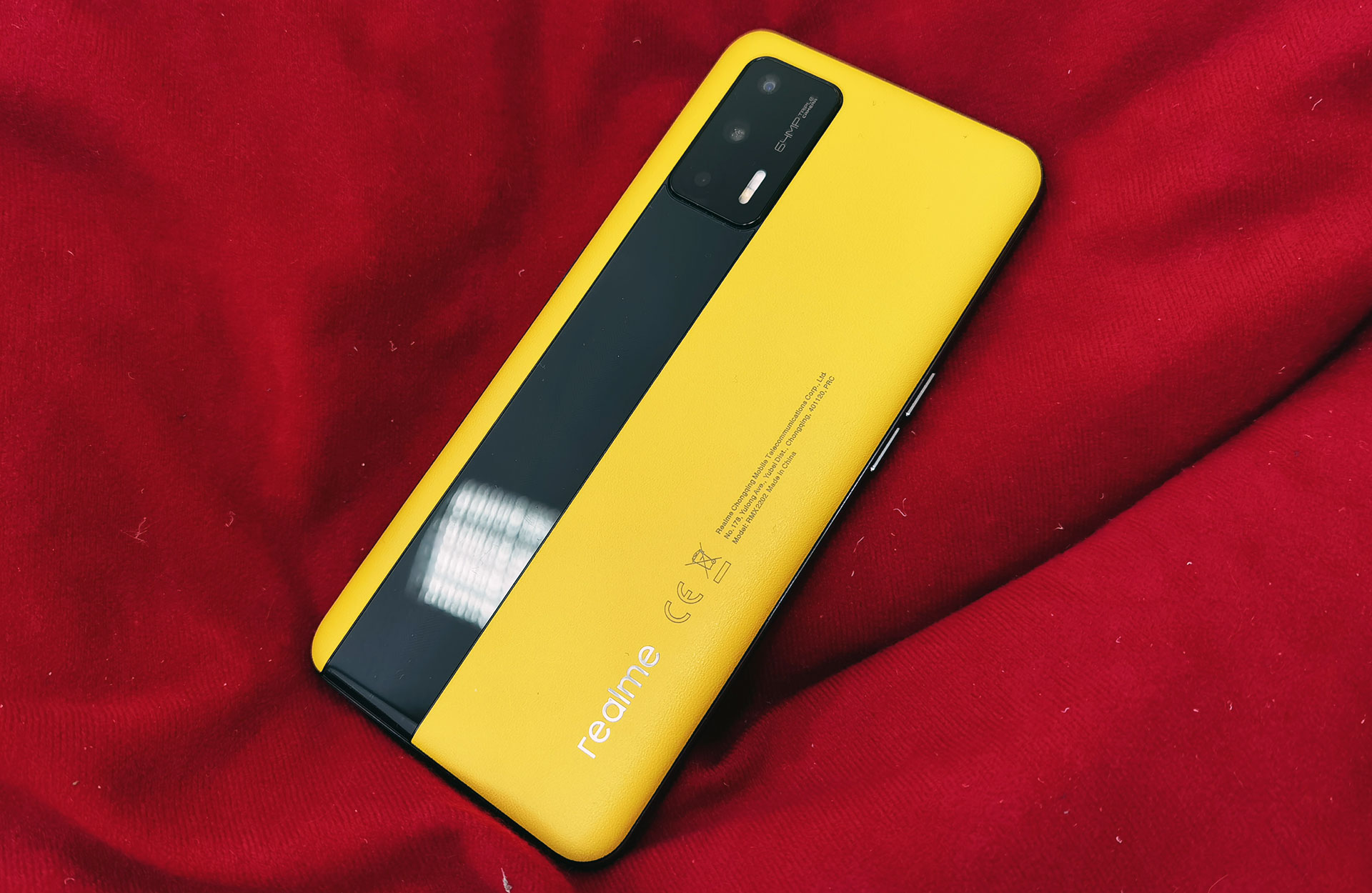 Обзор realme GT: самый доступный смартфон с флагманским процессором Snapdragon 888