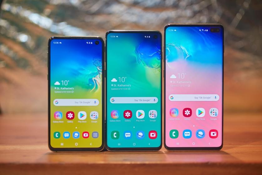 Galaxy S10, Galaxy S10 Plus и Galaxy S10e с обновлением получат поддержку быстрой зарядки на 25 Вт
