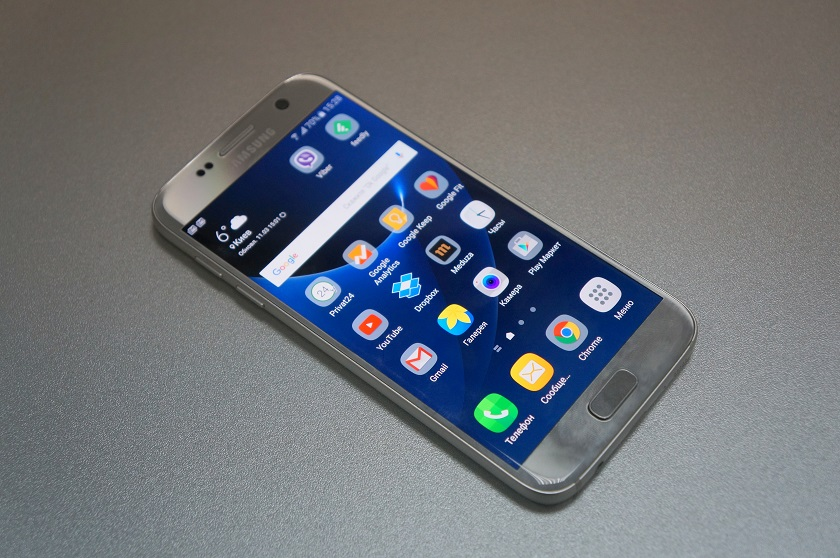 Samsung Galaxy S7 Review: Breach the Line