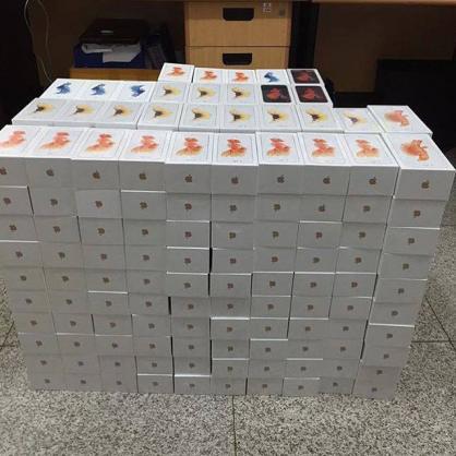 Iphone 4,4s, 5,5s, 6,6s, Ipad Pro,Macbook pro (BUY 3 GET 1 FREE) (VIBER:  +13025955550)